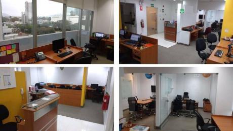 Oficinas Implementada 102 M2. Centro Financiero. Parque, Desocupada $2000