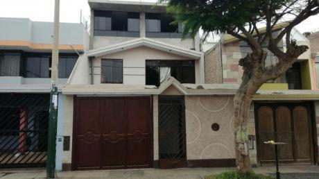 Vendo Casa En Urbanización Sagitario Surco