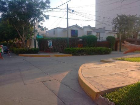 Oportunidad Ideal Para Constructoras, Terreno San Ignacio De Monterrico.