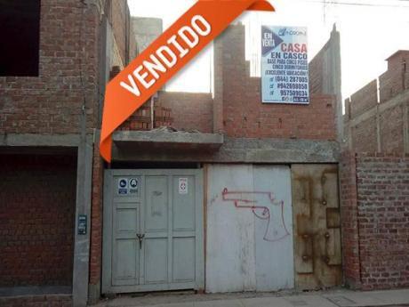 San Isidro I Excelente Oportunidad Casa En Casco Frente A Parque. Bases 5 Pisos