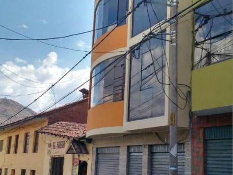 Alquilo Edificio Comercial En Jr. Ramon Castilla - Cusco