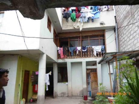 Casa En Urb. Velazco Astete