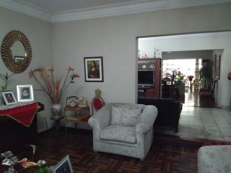 Oportunidad Casa Monterrico Frente Parque!