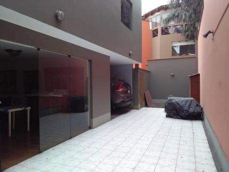 Excelente Casa Monterrico