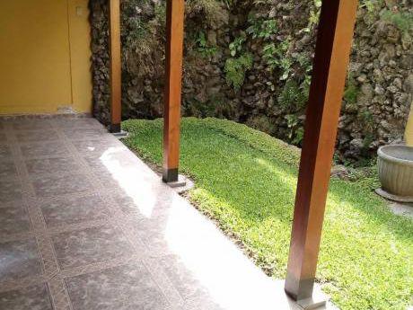 Ocasión Remodelada Casa Monterrico!