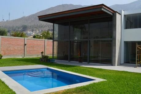 La Planicie, Linda Casa De Estreno Súper Moderna, Fina, Amplia Y Bien Diseñada