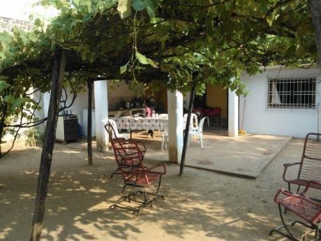 Vendo Casa En Mariano R. Alonso Detras De La Rural