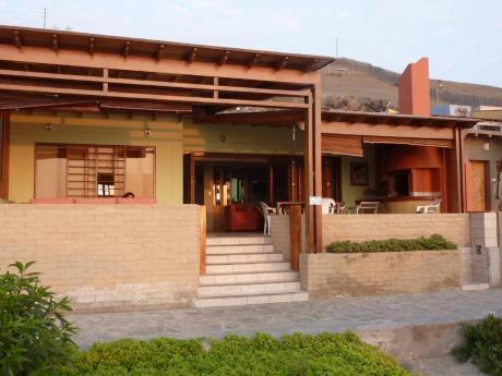 Hermosa Casa En La Mejor Playa Del Sur