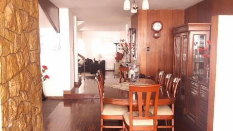 Casa Linda Y Conservada En La Mejor Zona De P. Libre