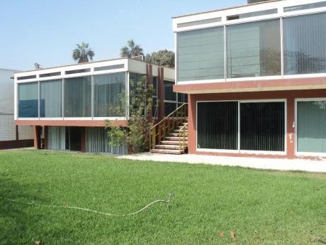 Alquiler Casa Para Oficina A Puerta Cerrada En Las Palmeras, Camacho