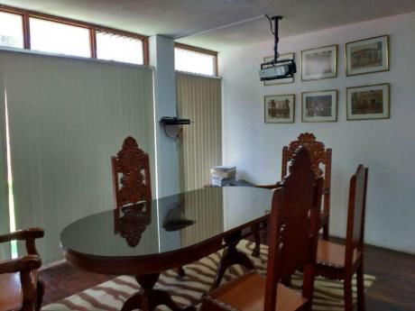 Muy Buena Casa - Ideal Oficina Administrativa - Urge Alquilar!