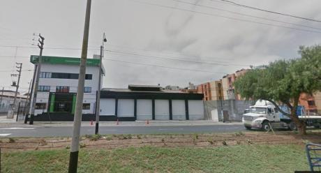 En Venta Local Comercial, Excelente Ubicación, En Esquina, Av Tupac Amaru