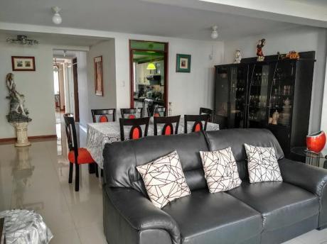 Casa En Condominio En Venta Frente Parque Urb. Palmas Del Golf, Trujillo
