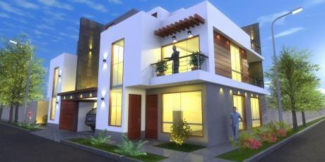 Casa De 03 Pisos Frente A Parque Urb. Soliluz, Trujillo