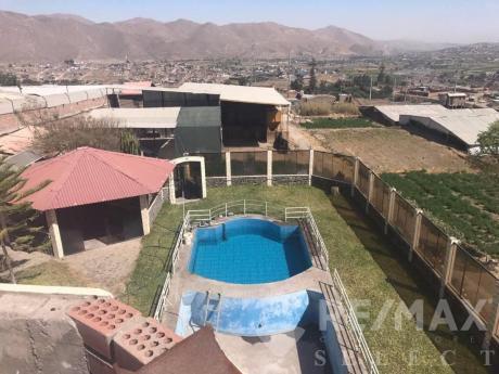 Lindo Terreno Con Galpones Y Casa En Zona Industrial De Socabaya (umapalca)