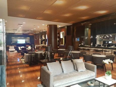 Alquiler De Oficinas Centro Empresarial Lima Central Tower Desde $3,250
