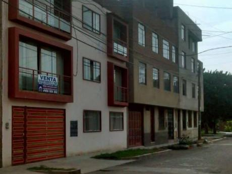 Departamento Urb. Casuarinas. 2do Piso.