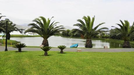 Vendo Exclusiva Casa De Playa De 300 M2 - Las Lagunas De Puerto Viejo A $890,000