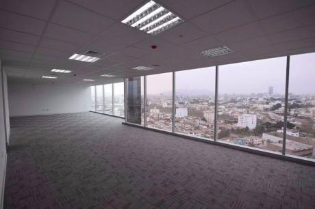 Alquilo Oficina De 230 M2 A $4,000 En Zona Empresarial De San Isidro