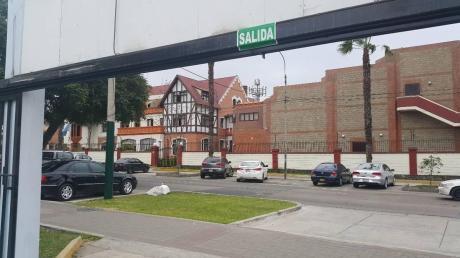 Av Santa Cruz - Esquina