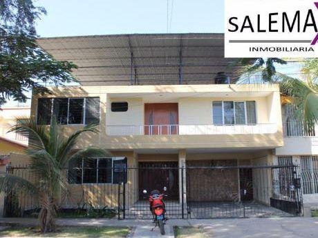 Amplia Casa En Alquiler - Urb. Miraflores - Castilla - Piura