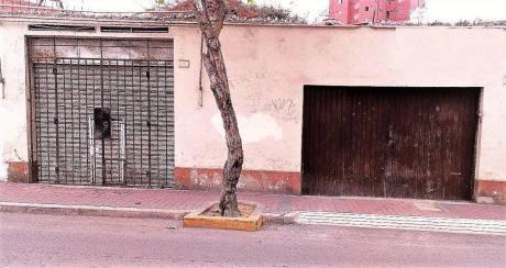 Terreno En Venta En Miraflores, Ideal Para Proyecto Inmobiliario, Zona Céntrica