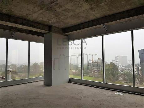 Oficina En Alquiler En Surco De Lujo, Centro Empresarial Panorama