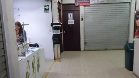 Venta De Stand En El Centro Comercial El Eden