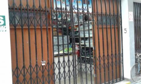 En Venta Local Comercial De Dos Pisos En Los Rosales De Surco