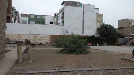 Venta De Terreno, Zona Residencial, Distrito De Surco
