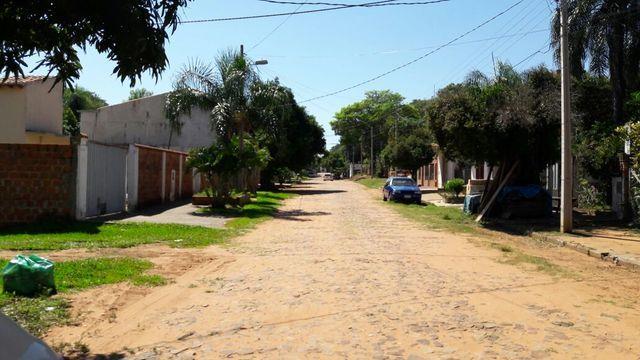 Terreno Sobre Empedrado En Luque Centro Zona Residencial.