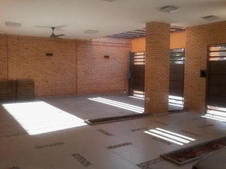 Alquilo Mansion A Estrenar Zona Hiperseis Boggiani