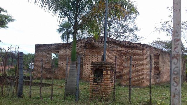 Oferta Vendo Dos Terrenos Juntos Con Construccion A Terminar En Limpio