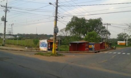 Atencion!!!!! Vendo Una Importante Esquina Ruta San Lorenzo - Ñemby 3.500 M2 Especial Para Estacion De Servicio U Otro Emprendimiento