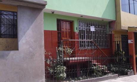 (id: 38229) Casa En Venta, De 3 Pisos De 90 M2 - Precio Negociable.