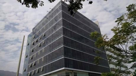 Oficina Muy Poco Uso En Nuevo Centro Empresarial En El Corazón De Surco, Of 404