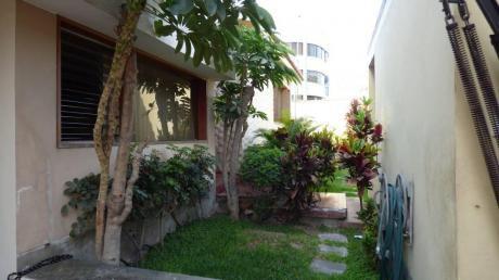 Casa En Urb. Humboldt - Hermosa Zona