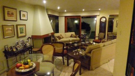 Linda Casa En Condominio Con Salida A Hermoso Parque Cerrado