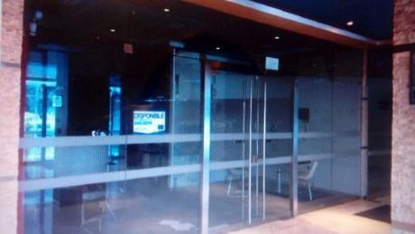 Moderna Oficina En Zona Financiera De San Isidro, Calle Andres Reyes