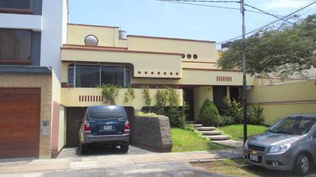 ¡amplia Casa 384 M2 En Buena Zona En Urb. Corpac, San Isidro - Venta!