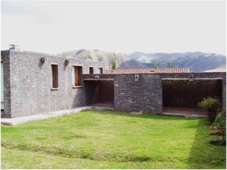 Venta De Casa En Cusco En Barrio Residencial