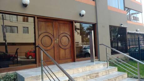 Alquilo Comodo Departamneto, Amoblado, Cerca A Zona Financiera, San Isidro