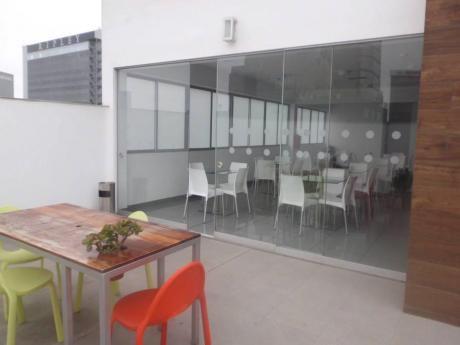 Alquilo Linda Oficina En San Isidro, Implementada Con Aire Acondicionado