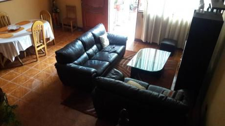 En Venta Casa De 3 Pisos At. 120 M2 - En Parrales De Surco