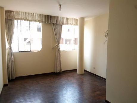 En Venta Acogedora Casa At. 108 M2 Calle Ketin Vidal Mz O Lt 17