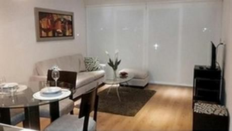 Venta Miraflores Moderno Departamento Amoblado, 1 Dormitorio, Piscina, Gym