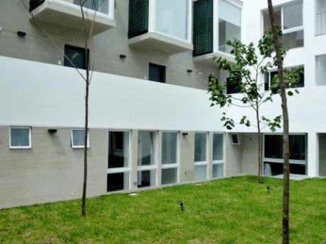 Vendo Departamento Duplex En Barranco En Edificio Boutique Santa Rosa