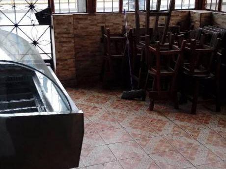 Alquilo Local Altamente Comercial, En Av Caqueta