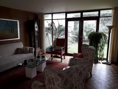 Id 58572 - Vendo Casa Con Jardin En San Isidro