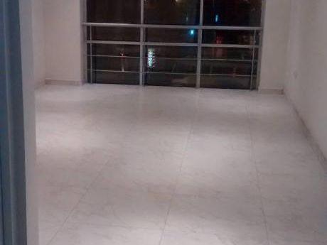 Mas Inmobilairia Alquila Estupendas Oficinas Zona Comercial De Cayma!